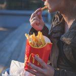 マクドナルドのポテトの値段 最もお得なサイズは何?