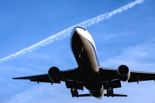 飛行機に乗るのが怖い